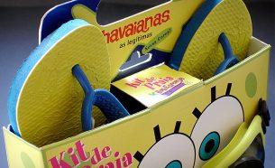 Como fruto de um estudo para promoção conjunta (co-branding), foi desenvolvido um pack promocional, para a venda de chinelos infantis Havaianas.