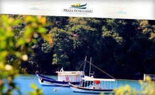 Praia do Iguassu é um Small Luxury Resort exclusivo, cuja identidade visual foi criada pela A.Companhia.
