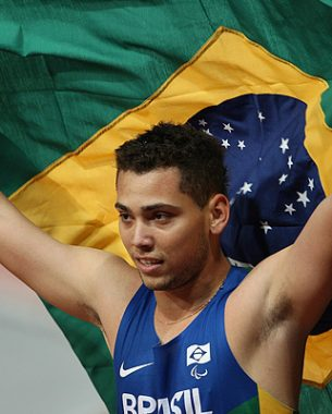 Photographs taken during competitions with the presence of Brazilian athletes, in various locations in Brazil and the World, such as London and Guadalajara.