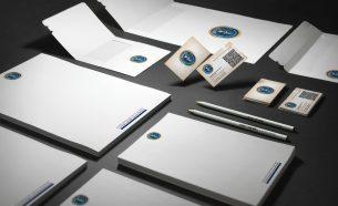 Projetamos para a Escol Contábil sua identidade visual, website e materiais de comunicação online e off-line.